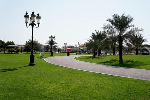 Ajman Beach Hotel - фото 18
