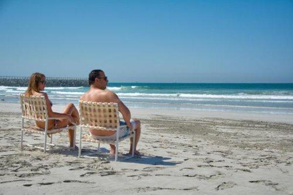 Ajman Beach Hotel - фото 21