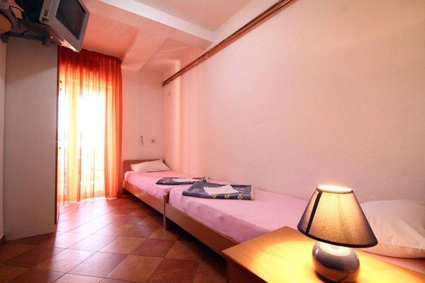 Apartments Fjondra - 10