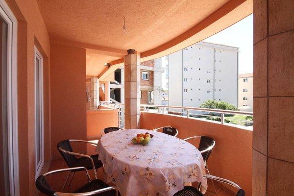 Apartments Fjondra - 16