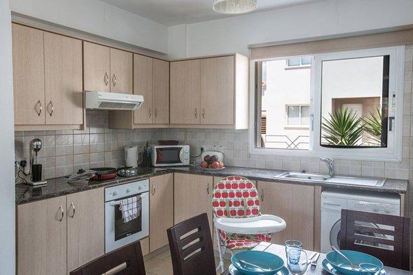Blue River Apartment - 17