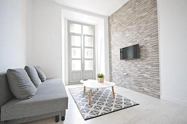 Malaga Urban Rooms - фото 50