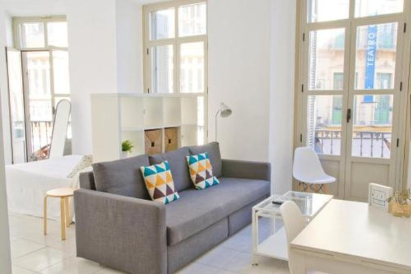 Malaga Urban Rooms - фото 12