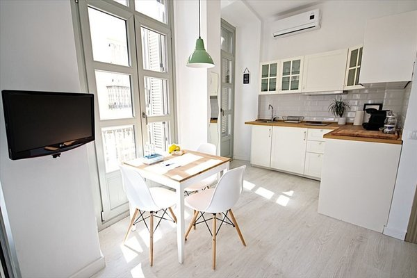 Malaga Urban Rooms - фото 19