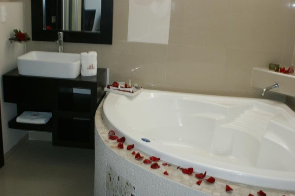 Hotel Cancalli Business & Suites - 13