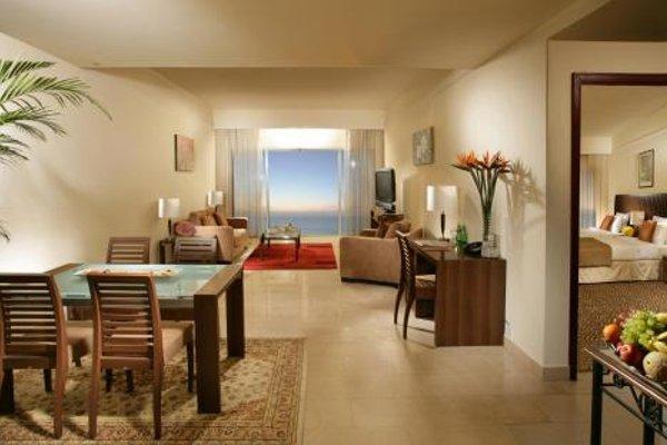 Ramada Beach Hotel Ajman - 11