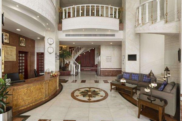 Ramada Beach Hotel Ajman - 14
