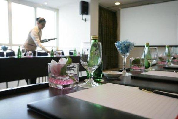 Ramada Beach Hotel Ajman - 16