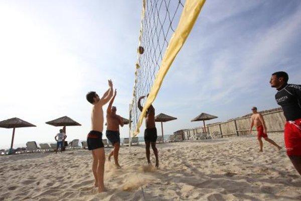 Ramada Beach Hotel Ajman - 21