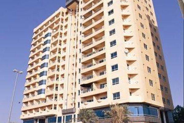 Ramada Beach Hotel Ajman - 23