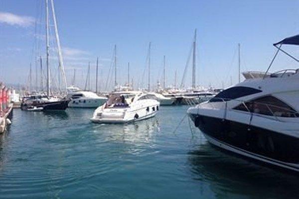 Yacht hotels - фото 14