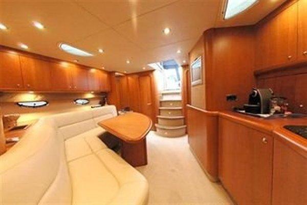 Yacht hotels - фото 5