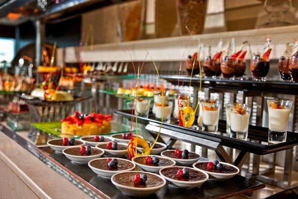 Cristal Hotel Abu Dhabi - фото 12
