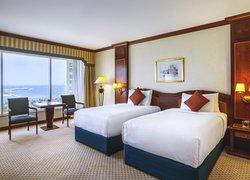 Corniche Hotel Abu Dhabi фото 2