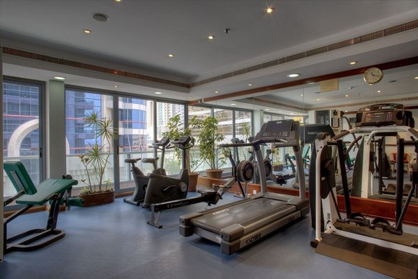 Hawthorn Suites by Wyndham Abu Dhabi City Center (ех. Regent Downtown) - фото 20