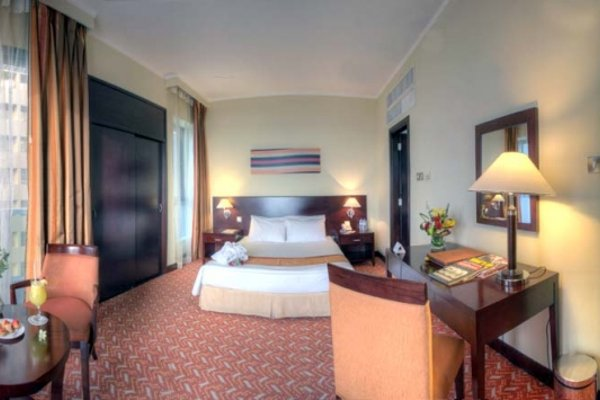 Hawthorn Suites by Wyndham Abu Dhabi City Center (ех. Regent Downtown) - фото 4