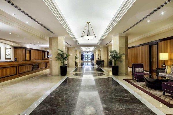 Hilton Abu Dhabi - 13
