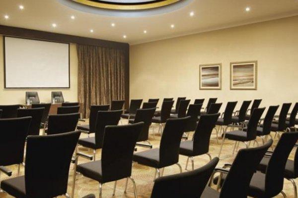 Hilton Abu Dhabi - 16