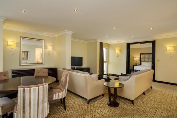 Hilton Abu Dhabi - 9