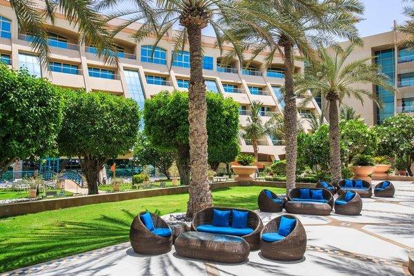 Al Raha Beach Hotel - фото 40