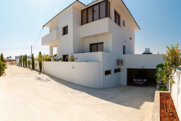 Villa Andriana - фото 23