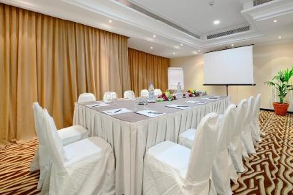 Al Majaz Premiere Hotel Apartments - 12