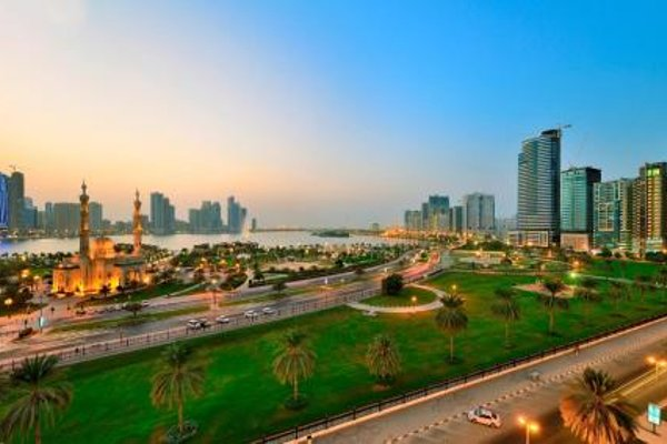 Al Majaz Premiere Hotel Apartments - 22