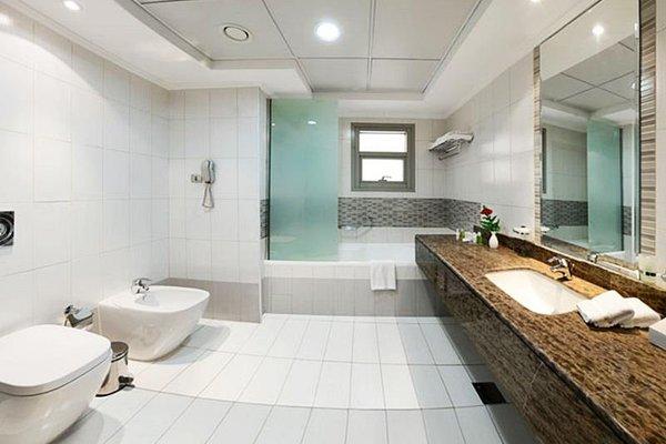 Al Majaz Premiere Hotel Apartments - 7