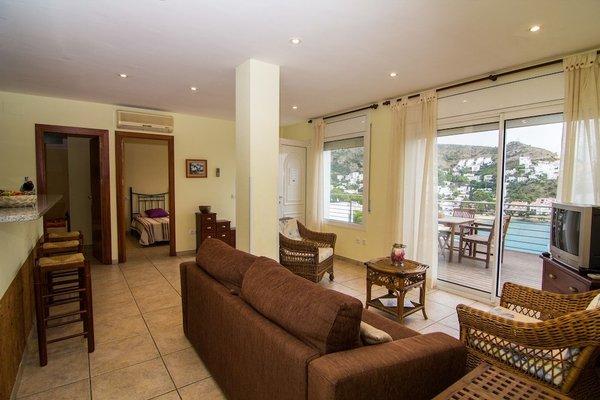 Agi Rodas Apartments - фото 7