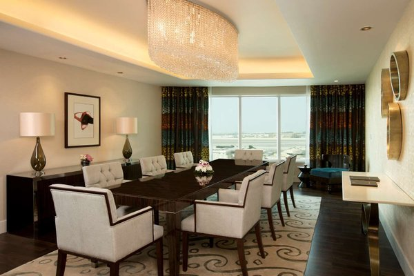 Hilton Capital Grand Abu Dhabi - фото 17