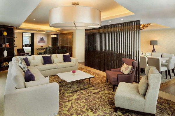 Hilton Capital Grand Abu Dhabi - фото 4