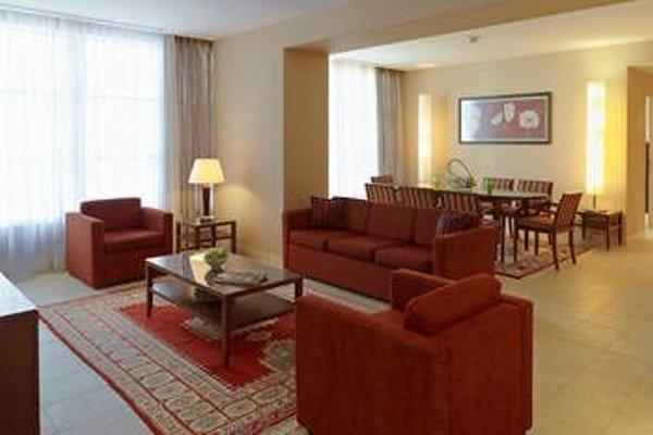Marriott Executive Apartments Atyrau - фото 3