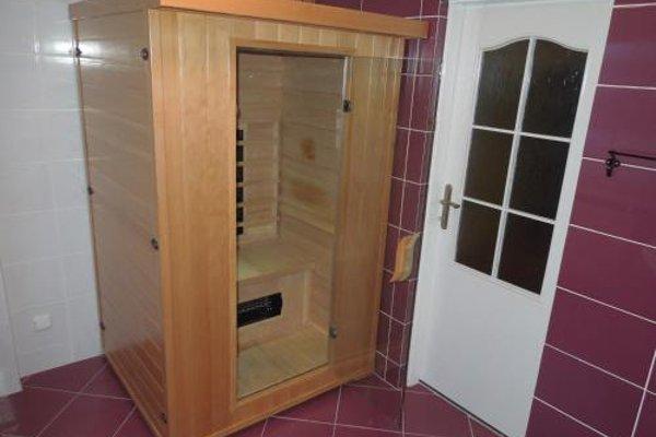 Apartments Benesov Nad Ploucnici - 12
