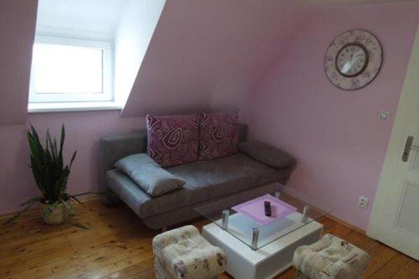 Apartments Benesov Nad Ploucnici - 4