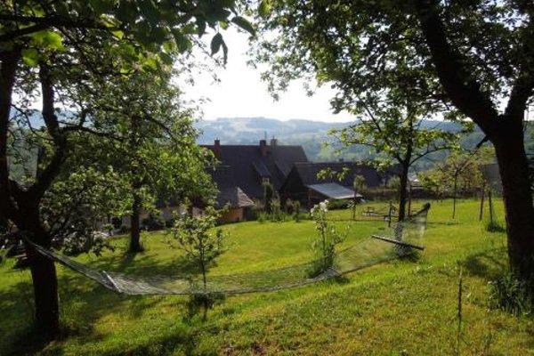 Apartments Benesov Nad Ploucnici - 9