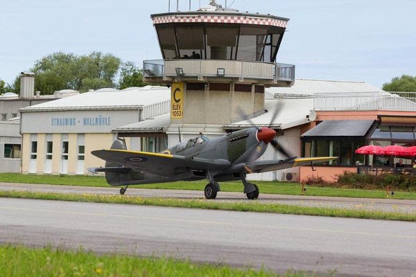Flugplatzrestaurant Wallmuhle - 9