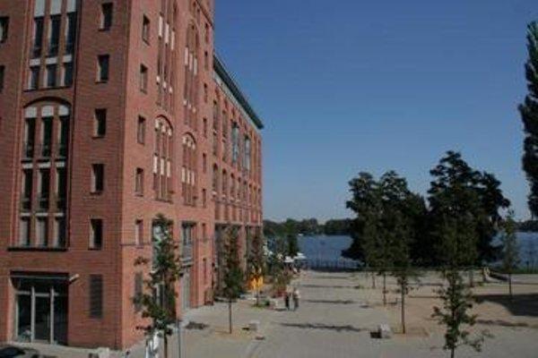 Uferpalais - 3