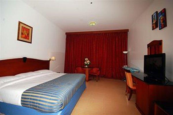 Ramee Garden Hotel Apartments - фото 11