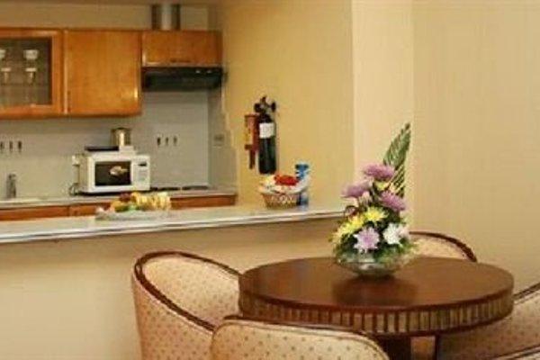 Cassells Hotel Apartments - 12
