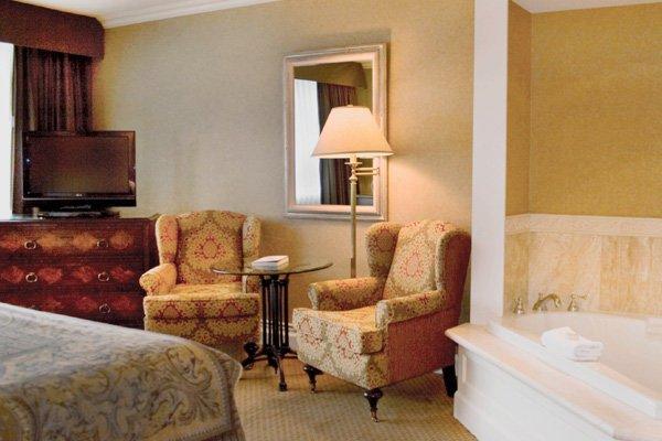 Wedgewood Hotel & Spa - фото 6