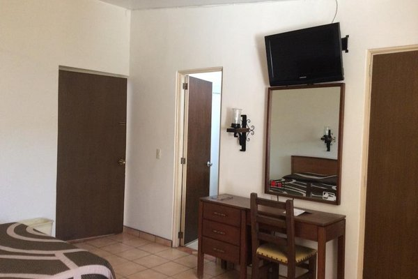 Hotel Isabel - фото 4