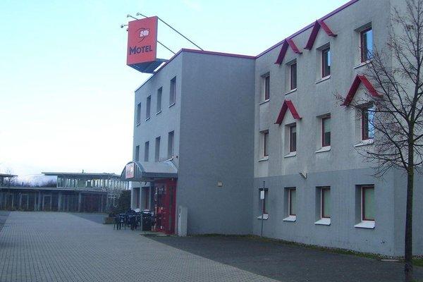 Motel 24H Kassel - 14