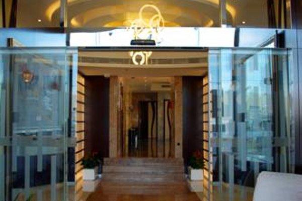 Ewan Tower Hotel Apartments - фото 21