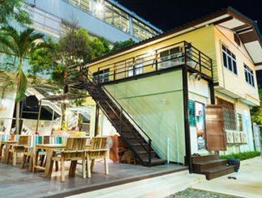 Хостел Nang Ta Yon at Ban Thap Chang Hostel