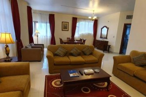 Ivory Hotel Apartments - фото 9