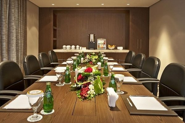 Oaks Liwa Executive Suites - фото 18