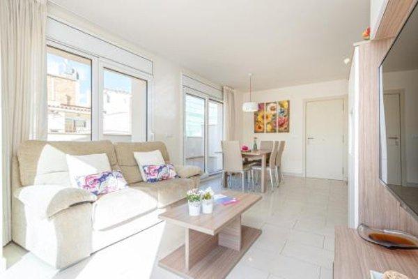 Apart-Rent Apartamentos Francesc Macia - 17