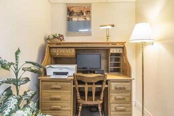 Econo Lodge Inn & Suites Saint John - 3