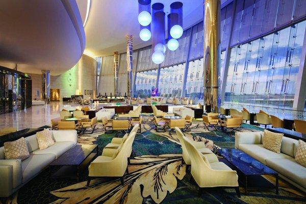 Jumeirah at Etihad Towers Hotel - фото 12