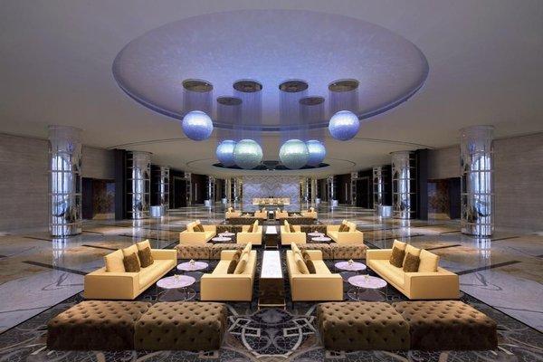 Jumeirah at Etihad Towers Hotel - фото 18